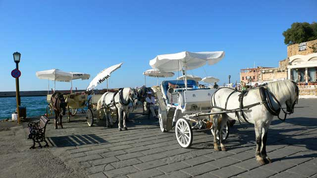 Конные повозки в Ханье