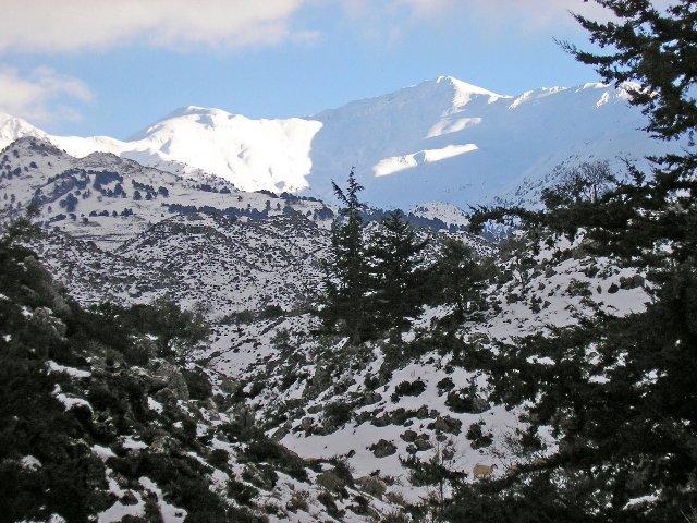 Горы у Ханьи зимой